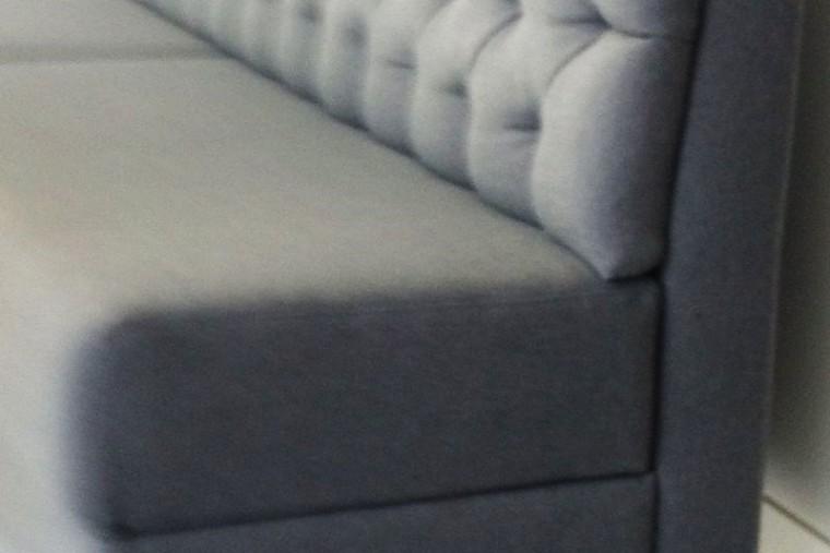 tadjali schreinermeister massanfertigung edles desig dunkles holz komplettausbau extra angefertigt sorgfältige arbeit präzision schreiner münchen handwerk design milberg der nette schreiner super zuverlässig vertrauenswürdig hochwertige materialien perfekte reparatur von möbeln hochglanzoberflächen mdf eiche